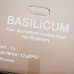 0522 Doos met basilicum